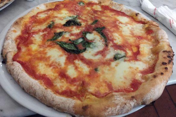 Napoli: Pizzeria Vesi