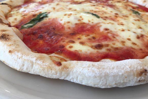 Napoli: Pizzeria Mammina