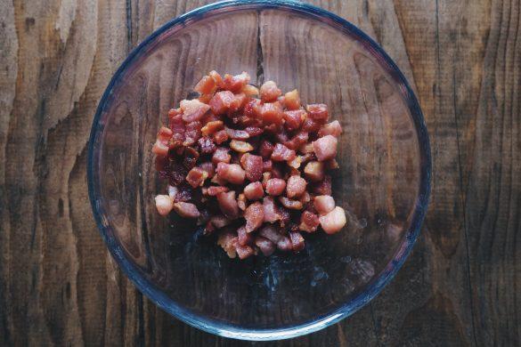 Torta salata patate, provola e pancetta